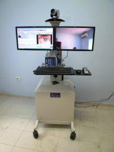 Aparato para telemedicina, consulta oftalmológica a distancia salauno